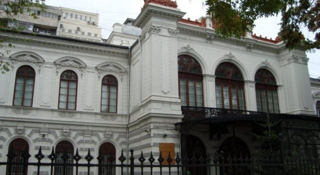 muzeul_municipal_bucuresti_palatul_sutu_large-640x480